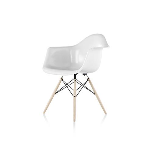 【ハーマンミラー正規販売店】イームズファイバーグラスアームチェア ダウェルベース DFAW Eames Molded Fiberglass Arm Chair