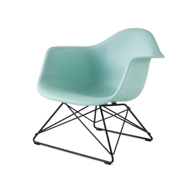 【ハーマンミラー正規販売店】イームズプラスチックアームチェア/ローワイヤーベース LARP Eames Molded Plastic Arm Chair Low Wire Base