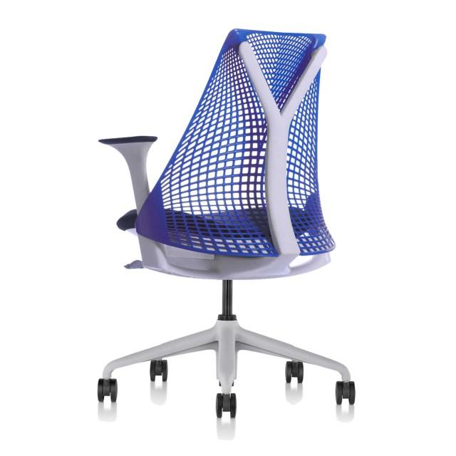 Sayl Chair セイルチェア サスペンションミドルバック ブルー ランバーサポートなし