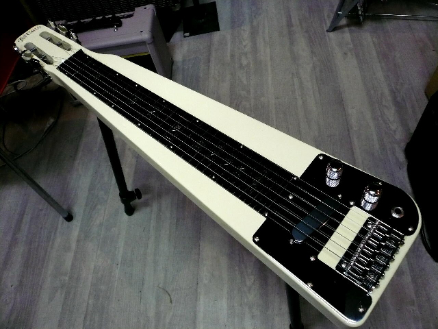 2WAY!着脱式 足スタンド付 ハワイアン スチールギター ホワイト 【 HAWAIIAN Steel Guitar White 】 スティールギター