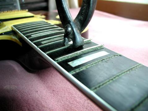 ギター ベース フレット交換 リフレット  フレット打ち直ししたい方!