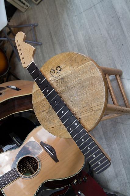 新品★ ラージ・ヘッド ストラト ネック 22フレット ローズウッド指板 ギターネック  【 Large Head Stratocaster Type NECK ST 】 21フレットのギターにも