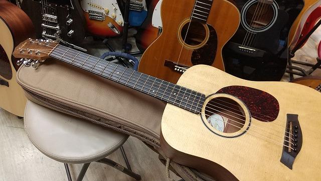 Taylor Baby Taylor BABY BT1 アンティーク加工  マイク搭載! 【アンプに繋げる ミニ ギター ベイビー テイラー  Mini Guitar  】ベビーテイラー
