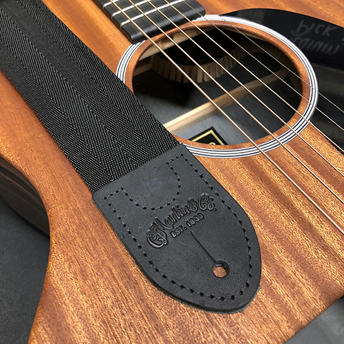 MARTIN マーチン ギターストラップ GUITAR STRAP  w/ Pick Holder 18A0103