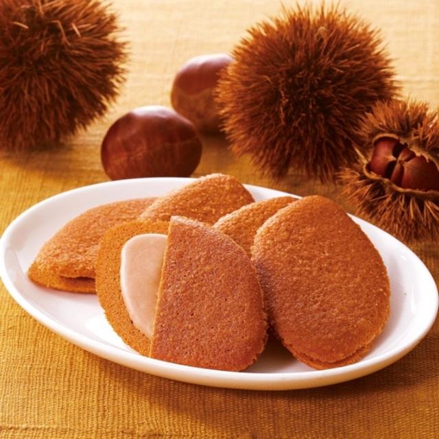 【期間限定】 神戸土産 モンロワール 神戸マロンビスキュイ 8枚入 チョコサンドクッキー 洋菓子
