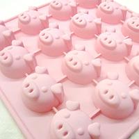 チョコレートモールド こぶたピンク 16個取