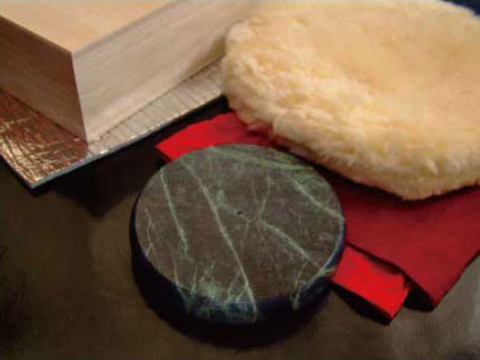 ホットストーン円盤型Mサイズ《レンジでチンする石の湯たんぽオーラストーン》
