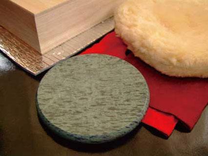 ホットストーン円盤型Lサイズ《レンジでチンする石の湯たんぽオーラストーン》