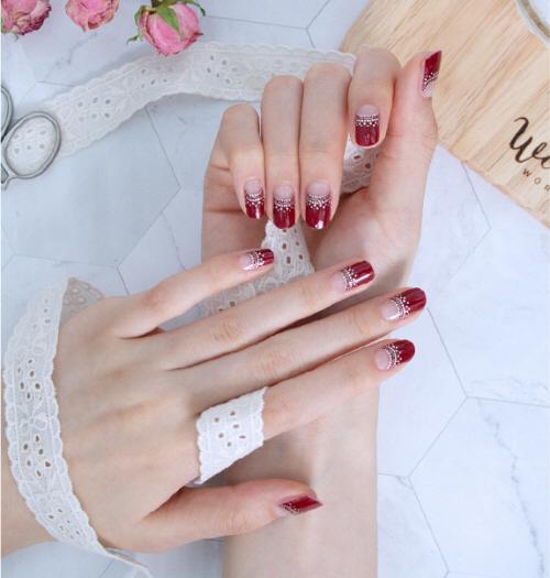 【メール便】 GLOSSYBLOSSOMジェルネイルシール Winter Red Glamorous gb45183
