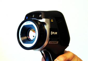 【赤外線サーモグラフィーの総合デパート ブルーラグーン通販】赤外線サーモグラフィー_熱画像カメラ_FLIR_CPA-E40BX