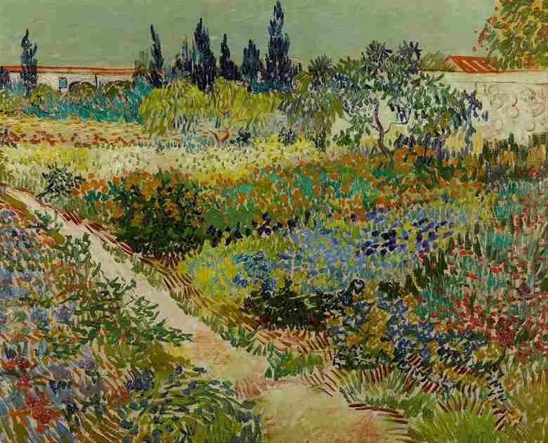 花咲く庭と小道