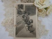 モノクロポストカード(子供たち)