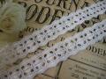 ホワイト刺繍レース