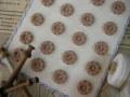 フランスアンティークプラスチックボタン(フラワーシェイプグレイッシュブラウンS)