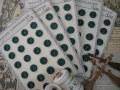 シート販売フランスアンティークプラスチックボタン(フラワーシェイプグリーンS)