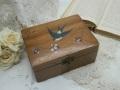 モシュリンヌ ツバメとスミレの木製ボックス