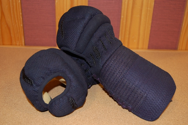6ミリ 織刺甲手