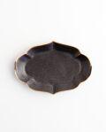 ヨシノヒトシ 黒褐釉輪花オーバル皿(S)
