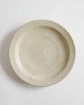 余宮隆 白濁釉縁付7寸皿