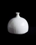 阿南維也 白磁鎬花瓶(A)