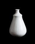 阿南維也 白磁鎬花瓶(C)
