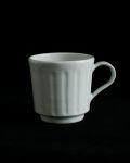 土井善男 乳白釉しのぎカップ