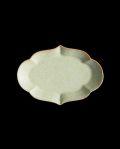 ヨシノヒトシ 淡緑瓷輪花オーバル皿(S)