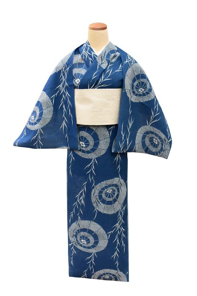 【反物】女性 『紅梅小紋』柳に蛇の目傘