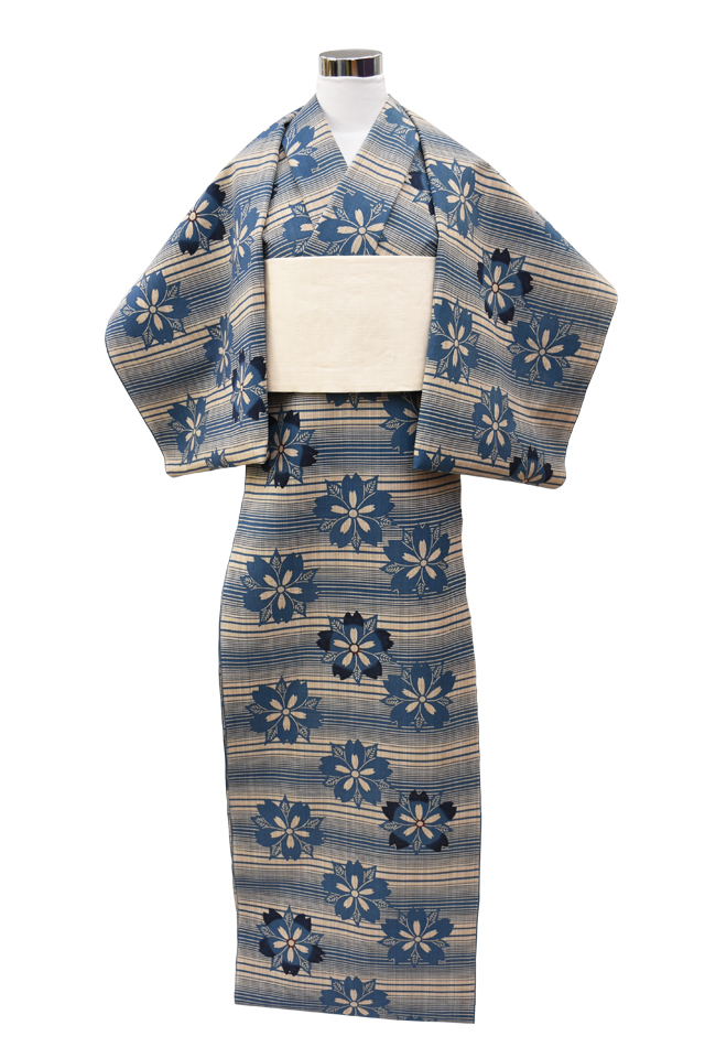 【反物】女性 『奥州小紋』横段に桜