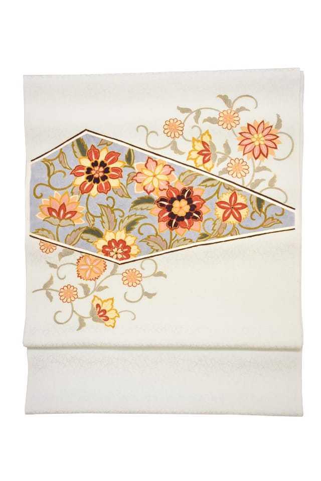 『染名古屋帯』手描き更紗帯 宝相華唐草 白磁色
