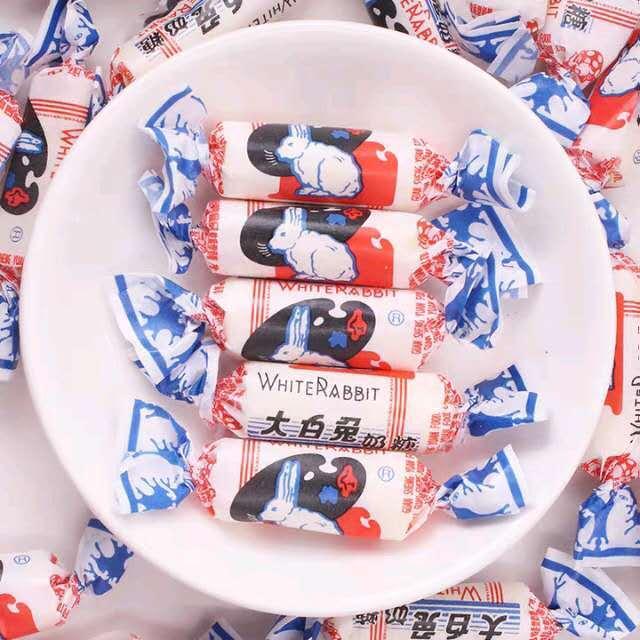 【常温便】大白兎中国ロングセラーミルクキャンディ/大白兔乳糖108g
