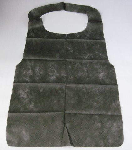 使い捨てクリーンエプロン八ツ折タイプ 黒 (50枚入)