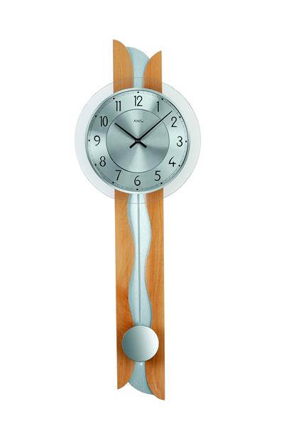 AMSのモダンな掛け時計