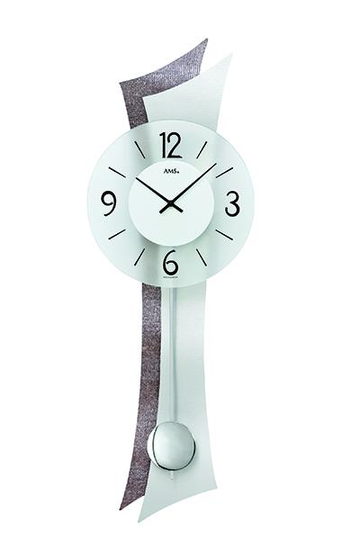 スタイリッシュなデザイン掛け時計 AMS7426