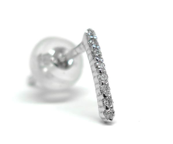 ダイヤモンド縦長ピアス