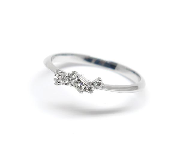 ダイヤモンド7石付きリング