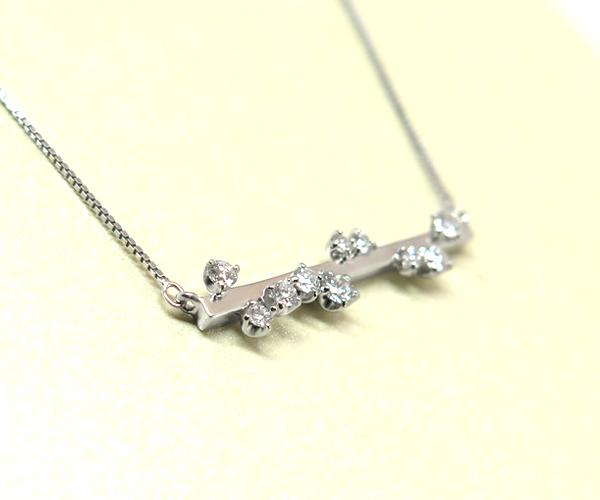 ダイヤモンド10石バーネックレス
