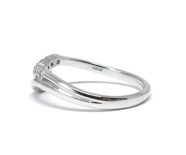 ダイヤウェーブリング