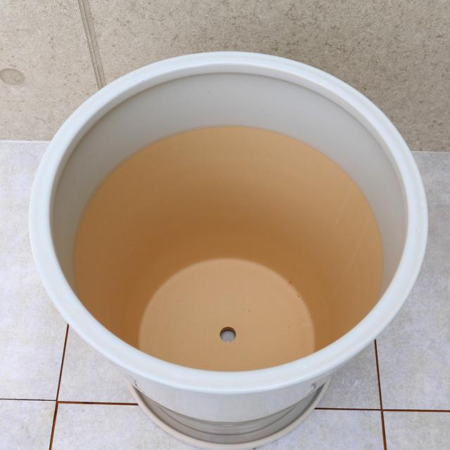 ラウンド陶器製鉢カバー 詳細