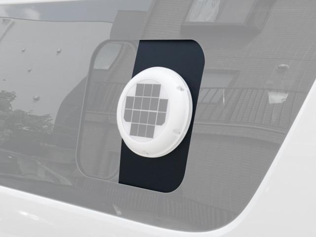 ソーラーベンチレーターパネル