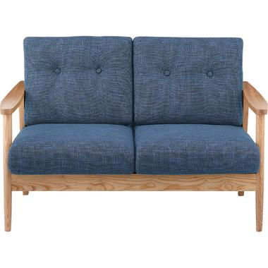 洗練られたデザインに木目が美しいソファです。