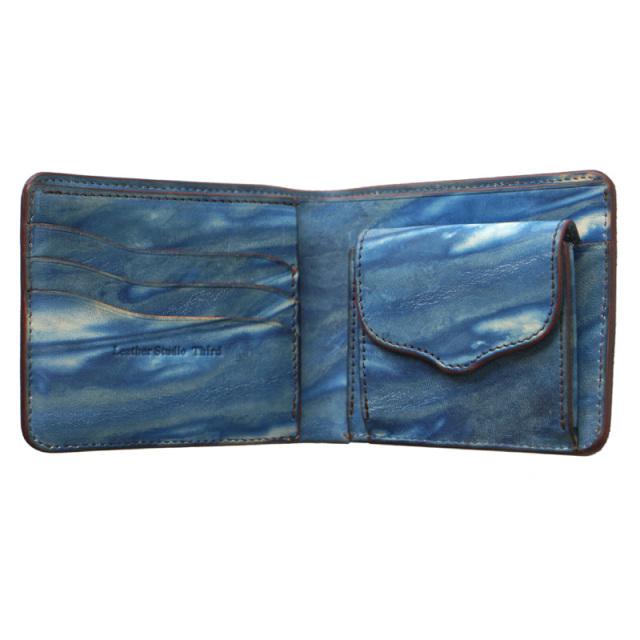 送料無料 二つ折り財布 本革 レザー 【カレ】 薄藍/空 藍染め 手染め  革 藍色 父の日 広島