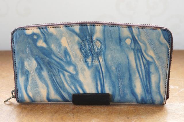 送料無料 【ロワ】薄藍/空 長財布 本革 レザー ラウンドファスナー 藍染め 手染め  革 藍色 父の日 広島