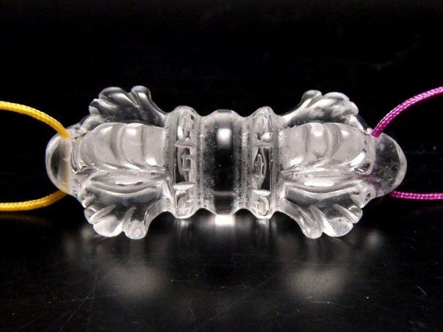 両穴 天然水晶法器彫り クリスタル五鈷杵 ヴァジュラ 彫り物 サイズ約40-42×17mm