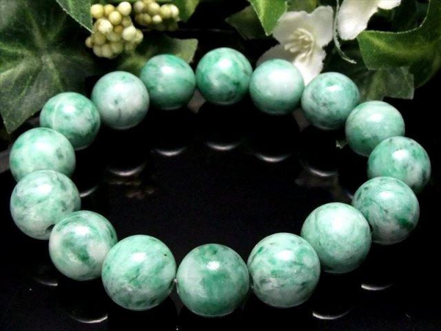 光沢が良くミルキーグリーン AAA+ グリーンジェイド 翡翠 ブレスレット 12.5mm-13mm×16珠 心に癒しを与えるヒーリングストーン 中国産 sai