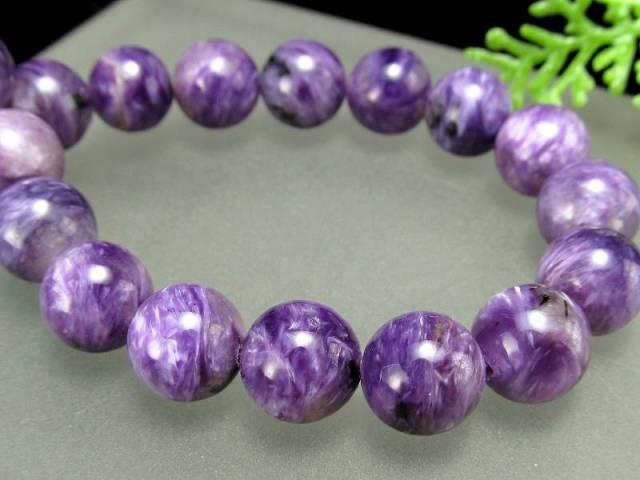 明るめ紫 4A チャロアイト(チャロ石)ブレスレット 9mm-9.5mm×21珠 妖艶マーブル 鮮やかパープル 人徳を高める 一点もの ロシア産 sai