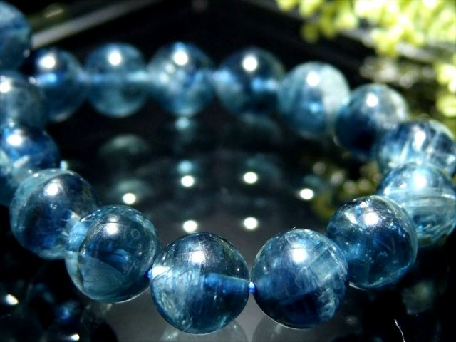4A ほんのりキャッツアイ効果 カイヤナイト 藍晶石 ブレスレット 10mm×19珠 鮮やか 美麗ブルー 独立心や探究心を強める石 ブラジル産 sai