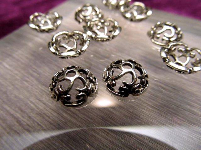 H20 ハイクォリティ メタルパーツ 花型 飾り金具 約10mm 穴径1.5ミリ 10個入り 真鍮 シルバー