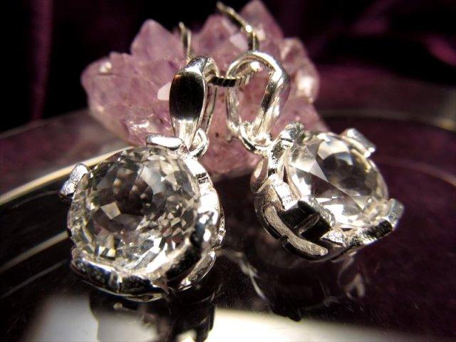 極上カット 大人気のニューヨーク産水晶 AAAAAハーキマーダイアモンド 極上カットペンダント ニューヨーク州ハーキマー地区産 石サイズ約10mm Silver925