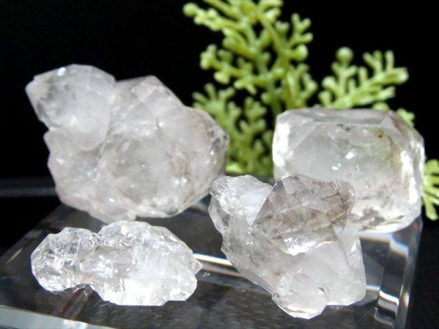 激レア ダブルポイント入り ダブルポイント・カテドラル入り エレスチャル水晶 結晶さざれ 50g(20-28個)入り 粒サイズ約8mm-25mm パキスタン産 2021年8月入荷の画像